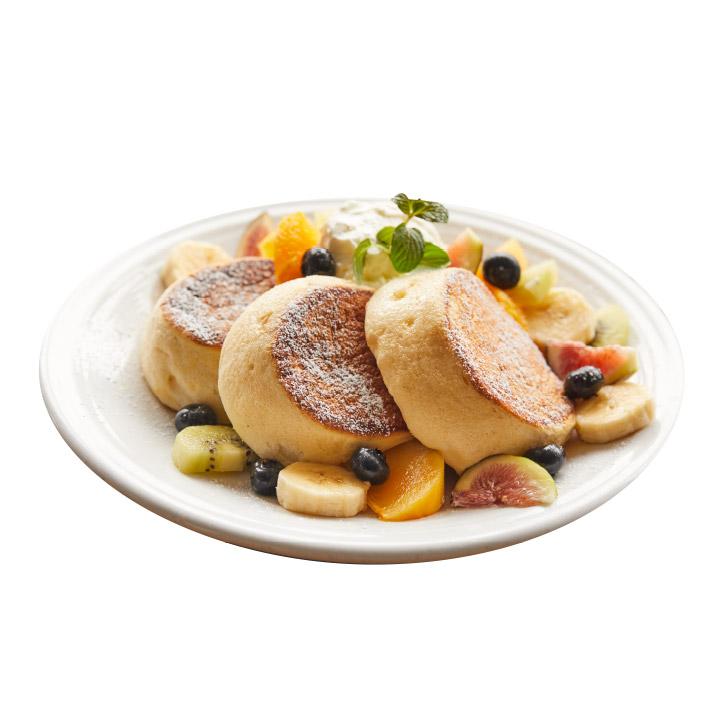 フレッシュネスフルーツパンケーキ ダブル¥1,080/トリプル¥1,280