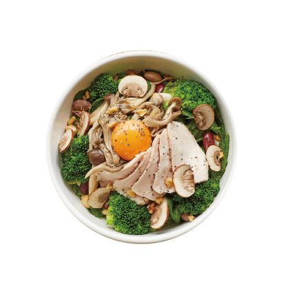 鶏ハムとキノコのパワーサラダ ¥1000